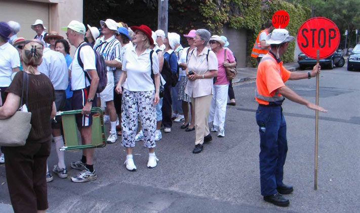 alan-waddell-seniors-week-walk-edgecliff-1-t.jpg