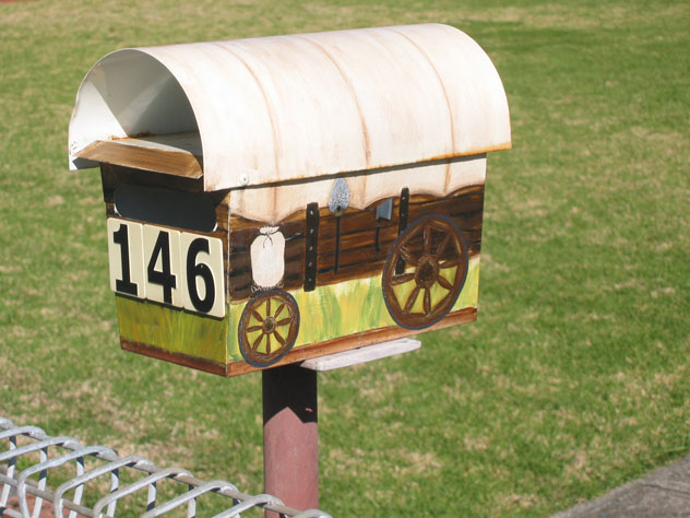 blackett-mailbox-wagon-covered-um.jpg