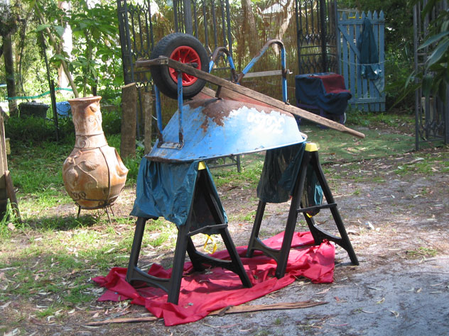 dangar-island-wheelbarrow-repair-n.jpg