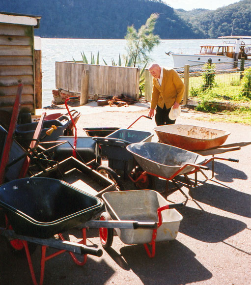dangar-island-wheelbarrow-wharf-n.jpg
