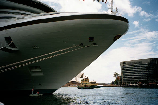 dawes-point-cruise-ship-cleaning-e.jpg