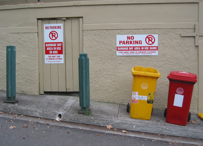 double-bay-garbage-no-parking-ur.jpg