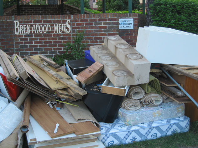 dundas-rubbish-clean-area-ur.jpg