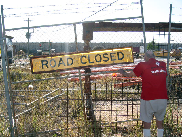 glendenning-sign-road-closed-usg.jpg