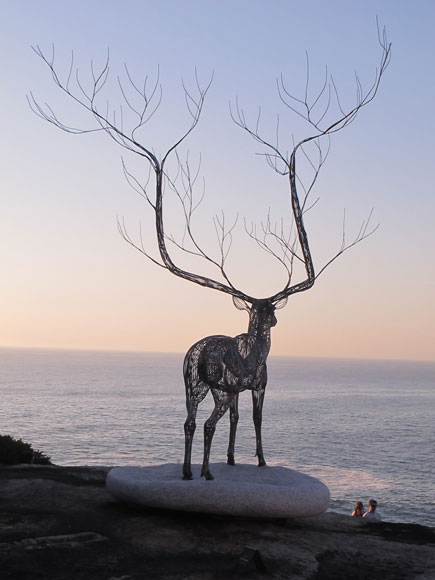 tamarama-sculpture-deer-e.jpg