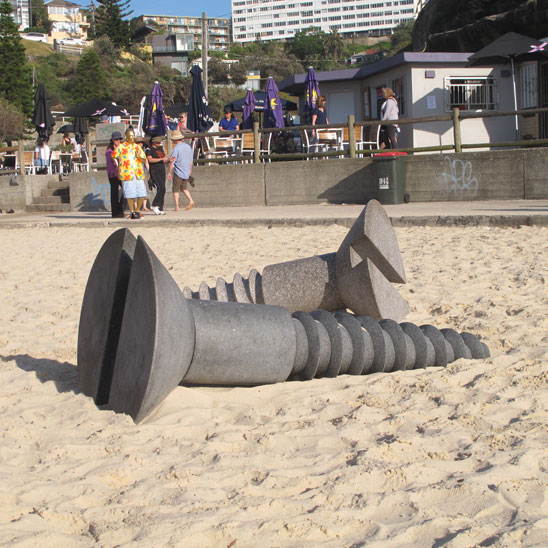 tamarama-sculpture-screws-e.jpg